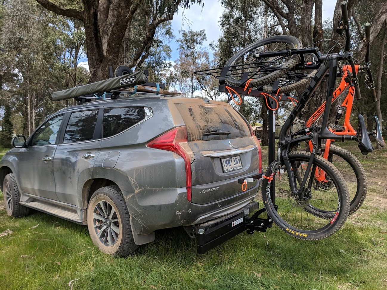 Shingleback Vertical Bike Rack | Pajero Sport